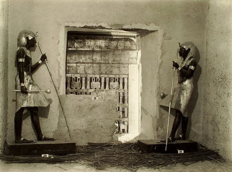 Tutankhamun_tomb_photographs