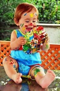 colori a dita tra le tecniche artistiche per bambini