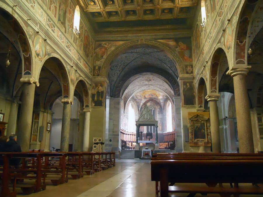 navate abbazia di farfa