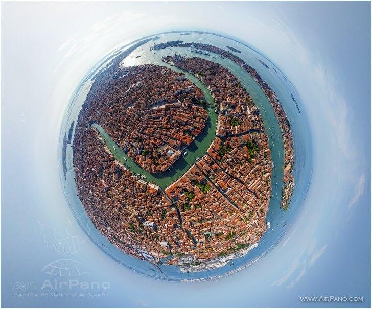 Riconoscete Venezia? Photo credit: Airpano.com