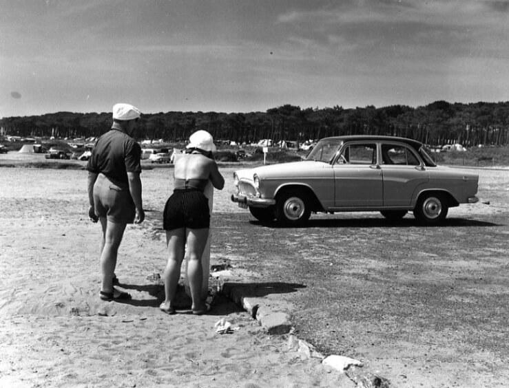 Doisneau fotografa la gente comune, fotografia sociale, ricordi delle vacanze