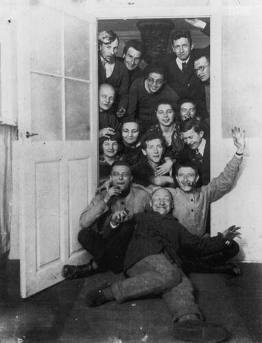 professori e studenti alla Bauhaus