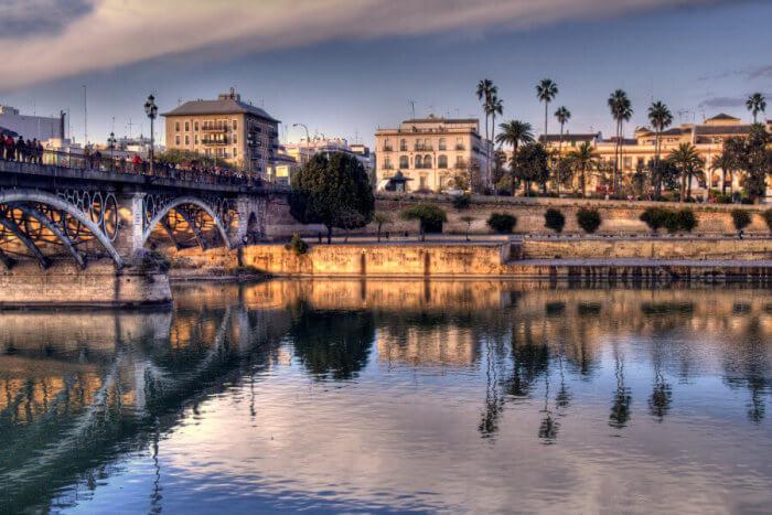 Ponte Isabel e Triana