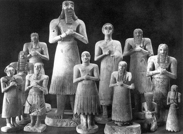 scultura sumerica statuette